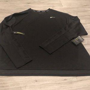 🌸New Arrival🌸 Nike women's long sleeve tee